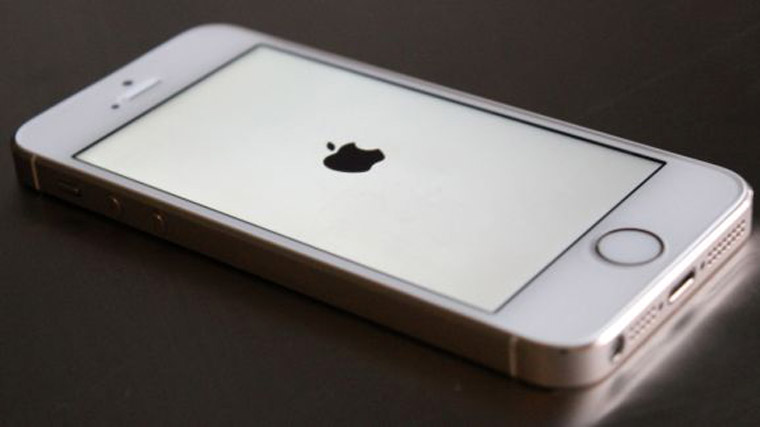 iphone-white-screen-of-death-578-80