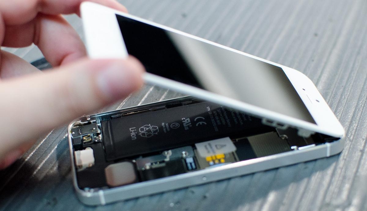 ФАС: Apple создаст сервисный центр в России до 1 марта