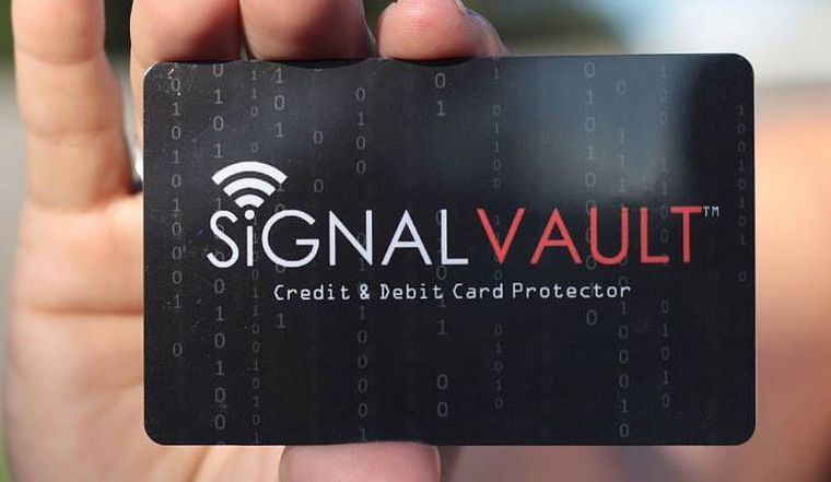 shark-tank-signal-vault-rfid-blocking-credit-card-2-1