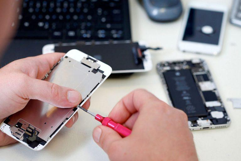 Apple теперь официально ремонтирует айфоны в России