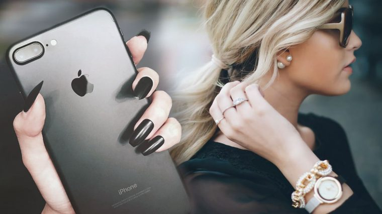 7 типов девушек, которым лучше не дарить iPhone 7