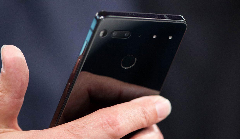 Essential Phone провалился, компанию покидают ключевые сотрудники