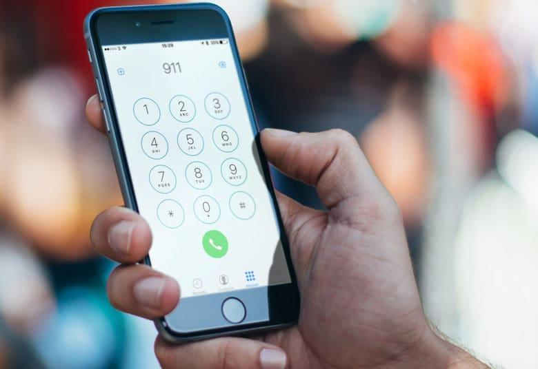 Apple научила iPhone незаметно вызывать службу спасения