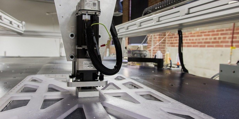 Adidas заменит сотни сотрудников роботами