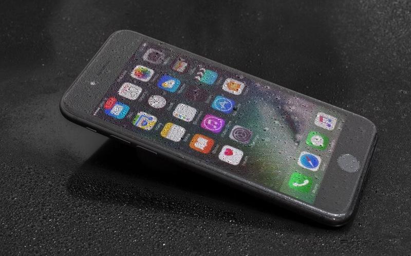 Почему дисплей iPhone царапается так легко. Расследование
