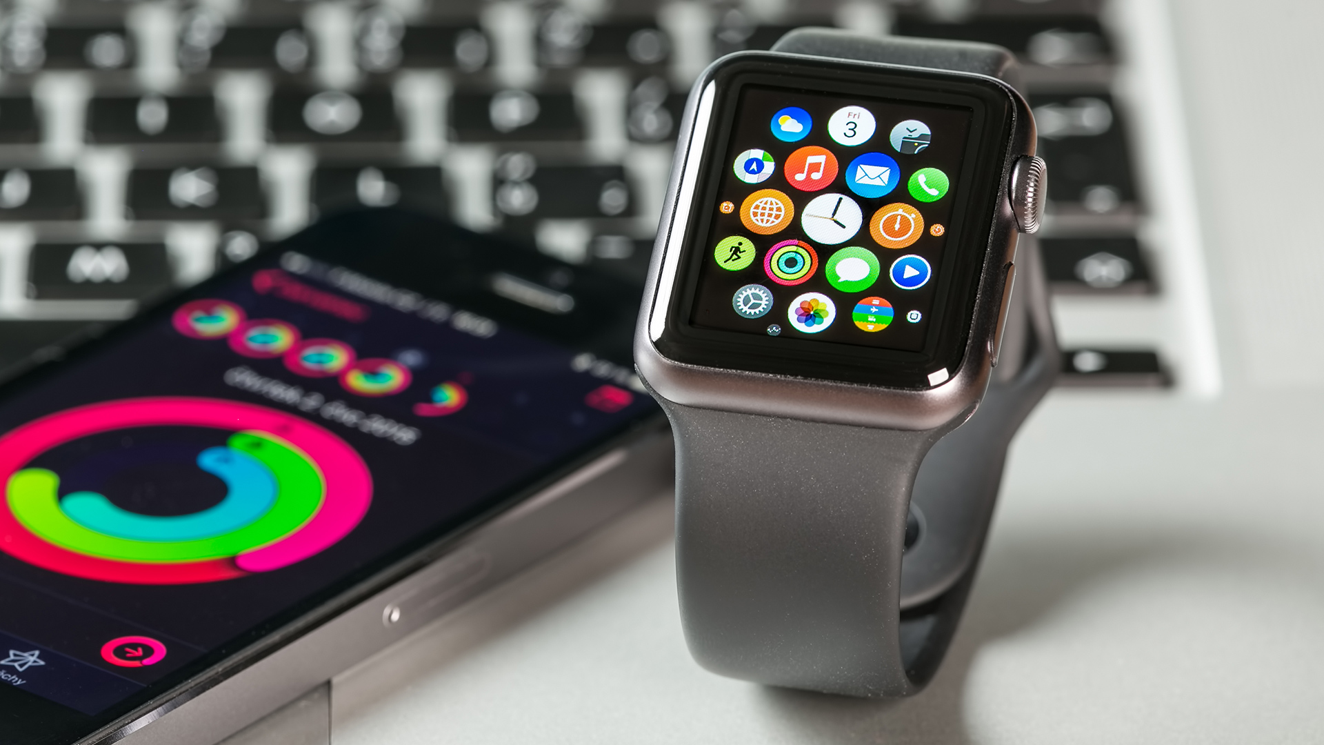 Apple Watch Series 3 обзаведутся SIM-картой. Подтверждено