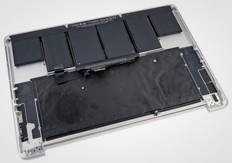 Apple бесплатно поменяет батарею MacBook Pro 15″ 2012-2013