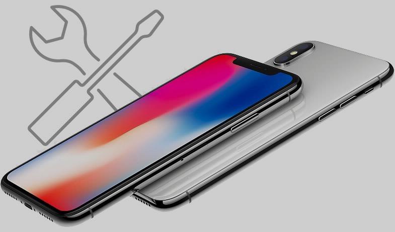 Замена дисплея iPhone X – $279, задней панели – $549. У меня всё
