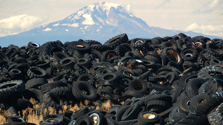 Зачем перерабатывают шины. Во что они потом превращаются?