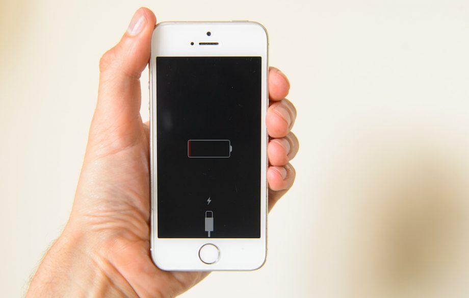 Акция. Замени аккумулятор iPhone в Санкт-Петербурге за копейки!