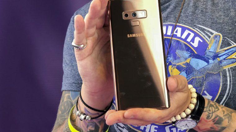 Я держу в руках новый Samsung Galaxy Note9. Вот впечатления