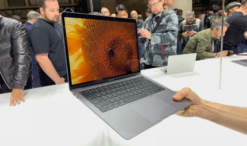 Что говорят о новом MacBook Air те, кто уже держал его в руках