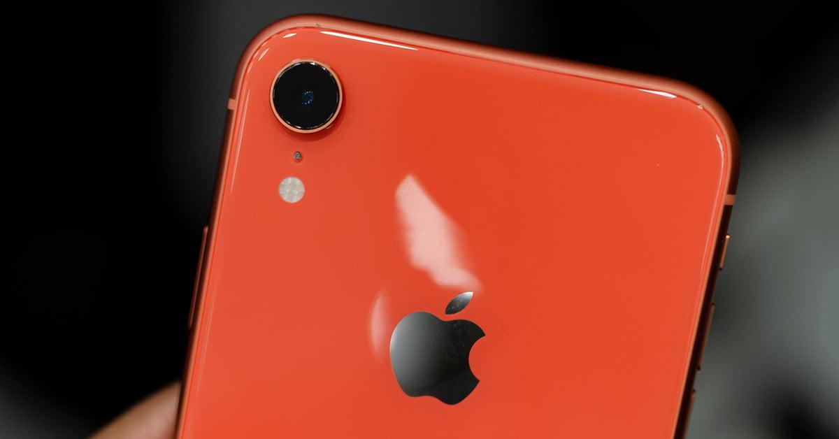 Я выбрал iPhone XR, а не Xs. И вам советую