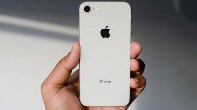Apple начала продажи официально восстановленных iPhone 8