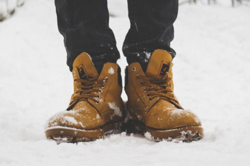 10 лучших кроссовок для нашей зимы