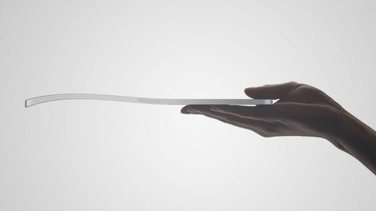 Apple не признает погнутые iPad Pro 2018 гарантийным случаем