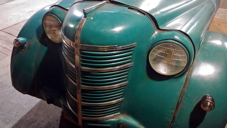 Я купил легендарный «Москвич» 1949года. Много фото