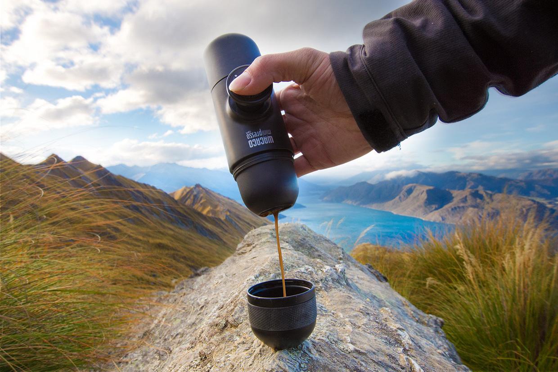 Готовьте кофе где угодно. Обзор карманной кофемашины Wacaco Nanopresso