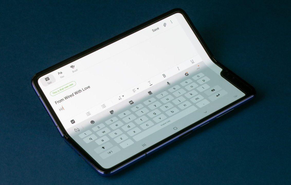 Первые обзоры и впечатления от Samsung Galaxy Fold
