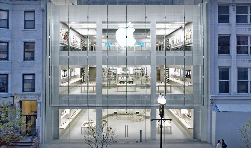 Следит ли Apple за лицами посетителей магазинов? Новые подробности иска на 1 миллиард долларов