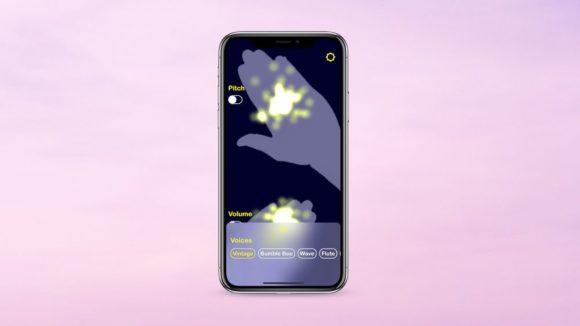 На iPhone появилась возможность создавать музыку руками через Face ID