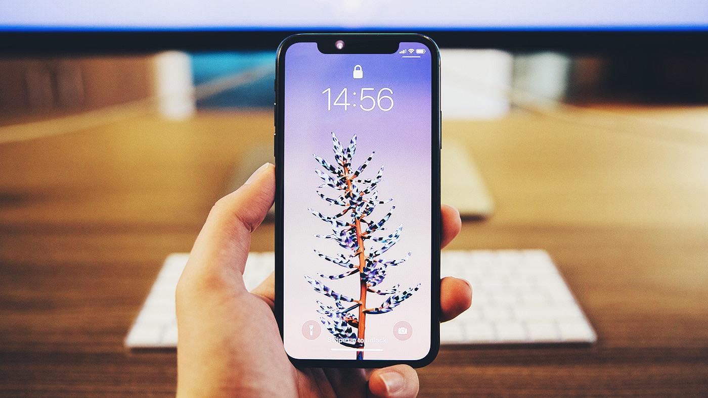 Apple задолжала Samsung больше $100 млн за дисплеи