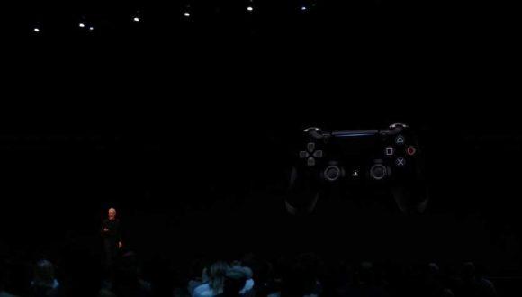 Геймпады от Xbox One и PlayStation 4 заработают с Apple TV