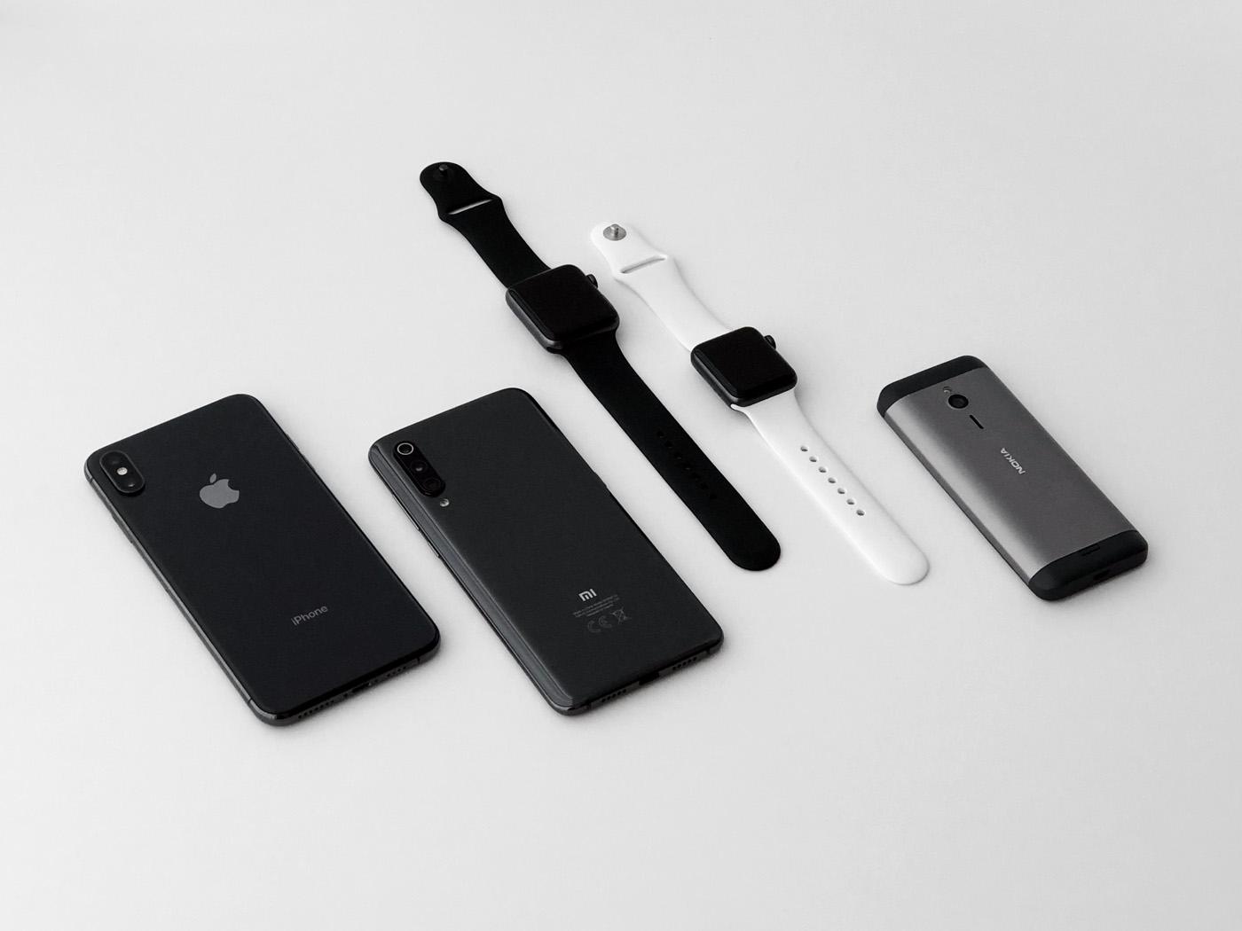 Купил Xiaomi Mi 9 после iPhone Xs Max. Чем он удивил