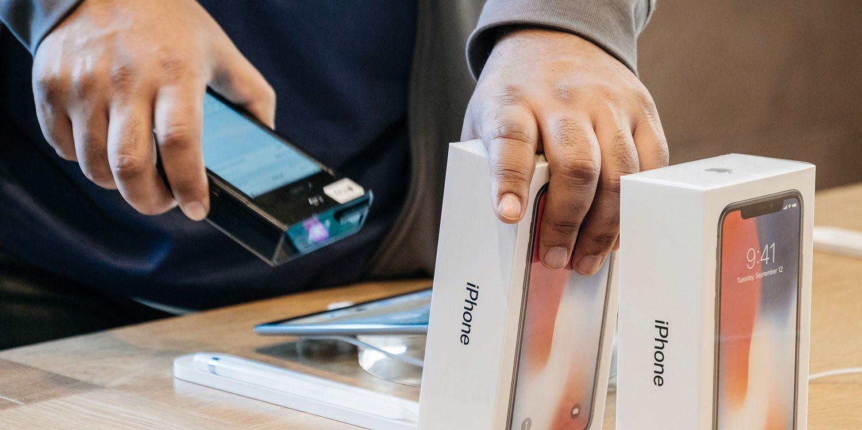 Теперь Apple продает у нас индийские айфоны вместе с китайскими