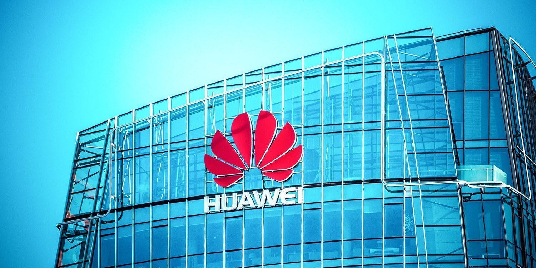 Глава Huawei назвал Apple образцом для подражания