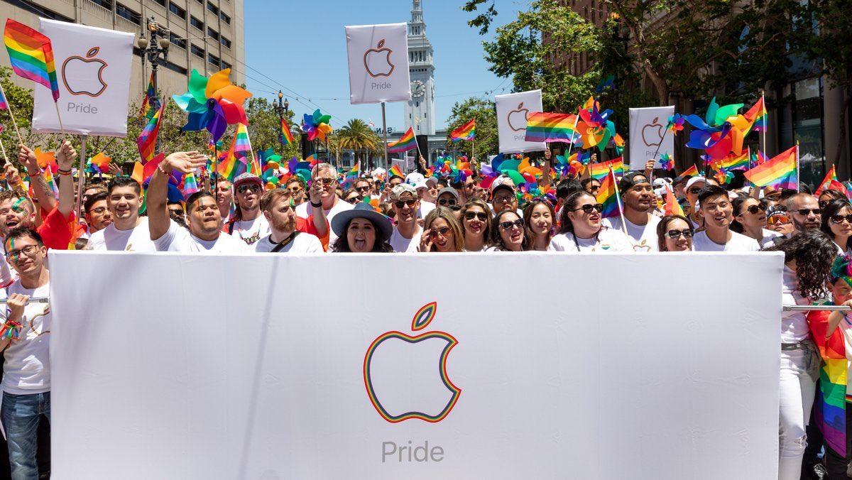Apple вышла на ЛГБТ-прайд в Сан-Франциско
