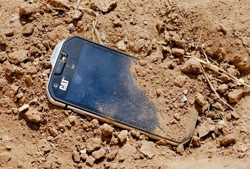 Обзор неубиваемого смартфона с тепловизором Caterpillar S60. Самый лучший танк
