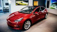 Работники Tesla: Model 3 производится с грубыми нарушениями