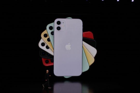 Apple показала iPhone 11. Что нового