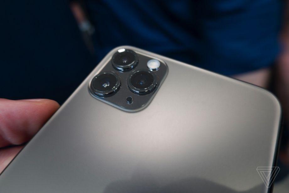 Как в реальности выглядит тройная камера iPhone 11 Pro