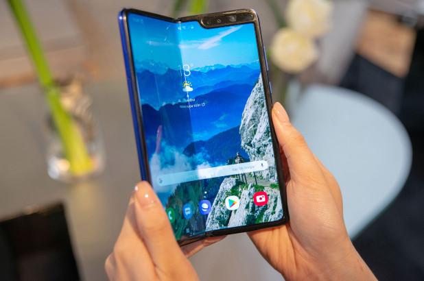 Samsung внезапно отменила предзаказы Galaxy Fold