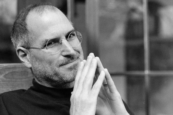 Стив Джобс умер 8 лет назад. Что пишет Тим Кук по этому поводу