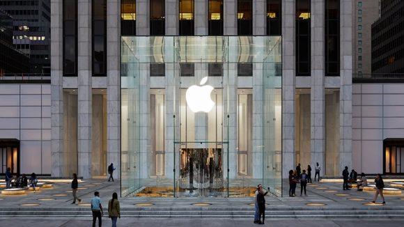 Всем сотрудникам Apple Store подарят бесконечно бесплатные подписки на Apple Music, Arcade и TV+