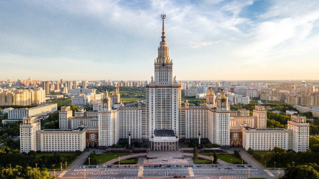 В Москве и Подмосковье введён режим самоизоляции для всех