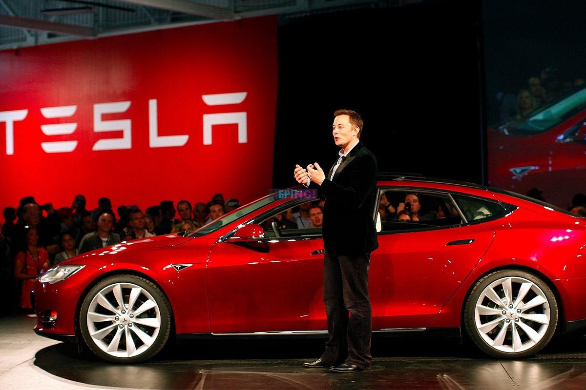 «Прошу арестовать только меня»: Илон Маск открыл завод Tesla, несмотря на запрет