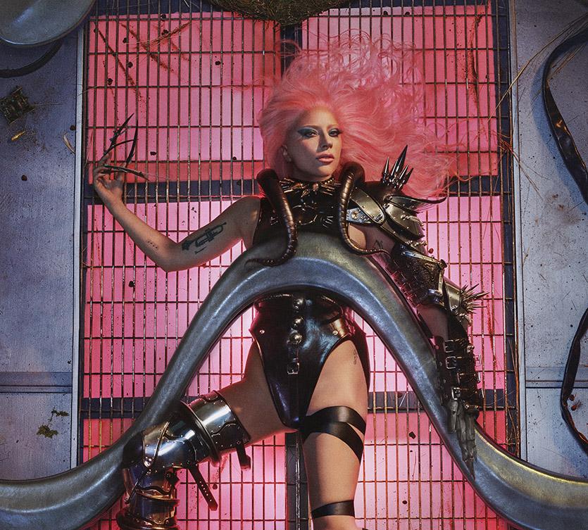 Леди Гага вернулась в танцевальную поп-музыку! Выходит новый альбом Chromatica