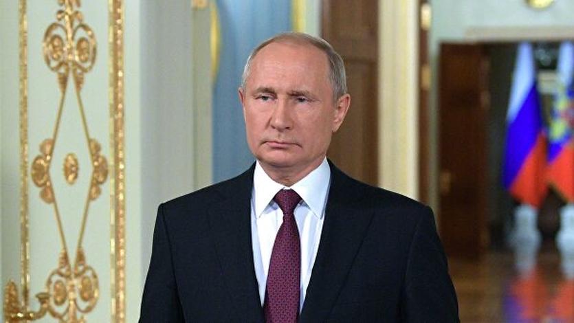 Путин потребовал создать базу генетических данных россиян