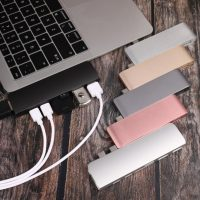 Владельцы новых MacBook Pro и Air жалуются на аксессуары с USB 2.0. Они сами отключаются