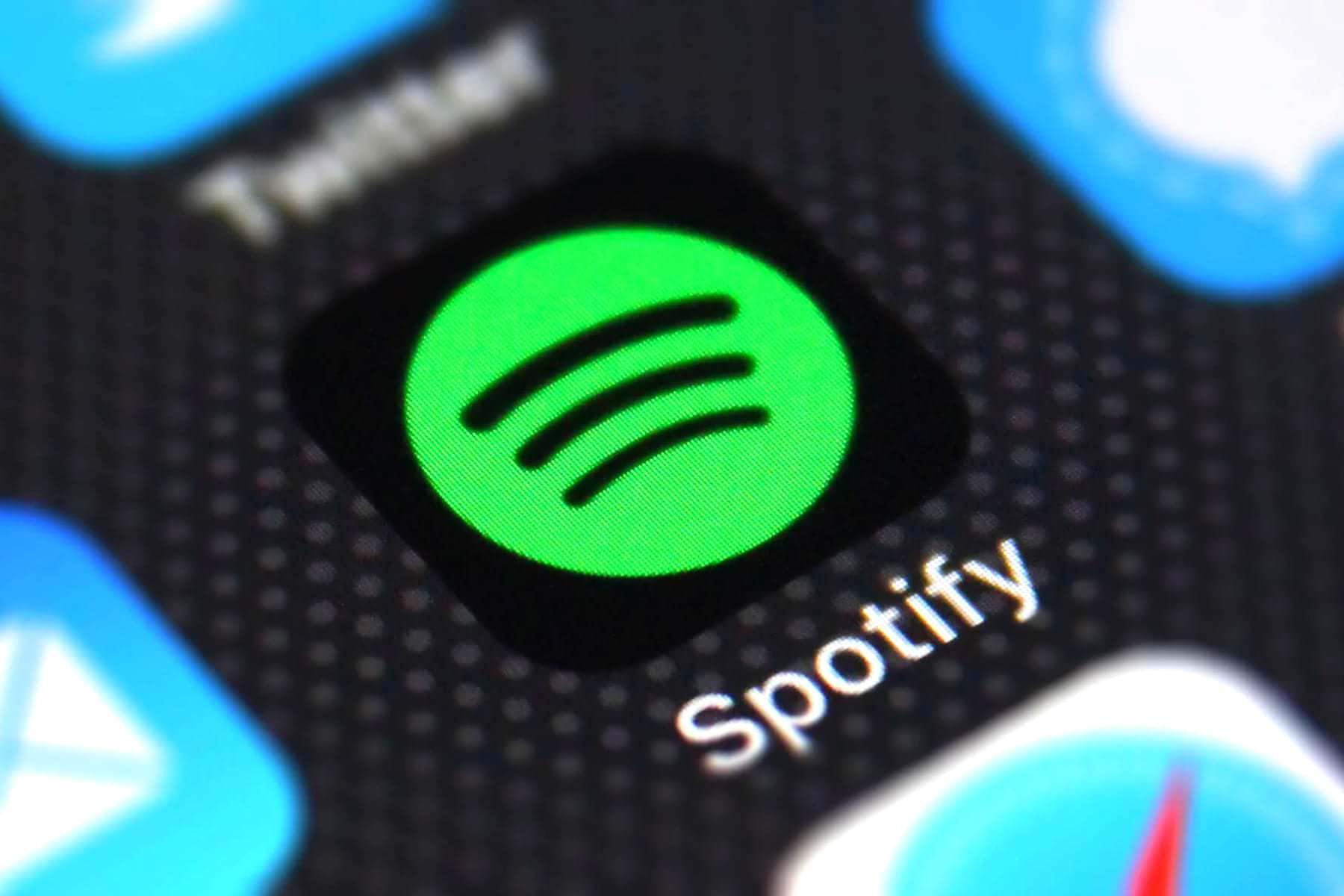 Spotify запустился в России. Как установить, стоимость подписки и особенности