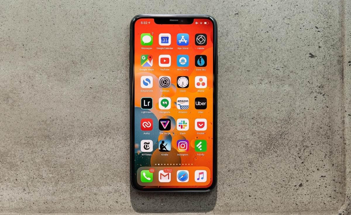 Apple заплатила Samsung $950 млн за то, что купила слишком мало OLED-экранов