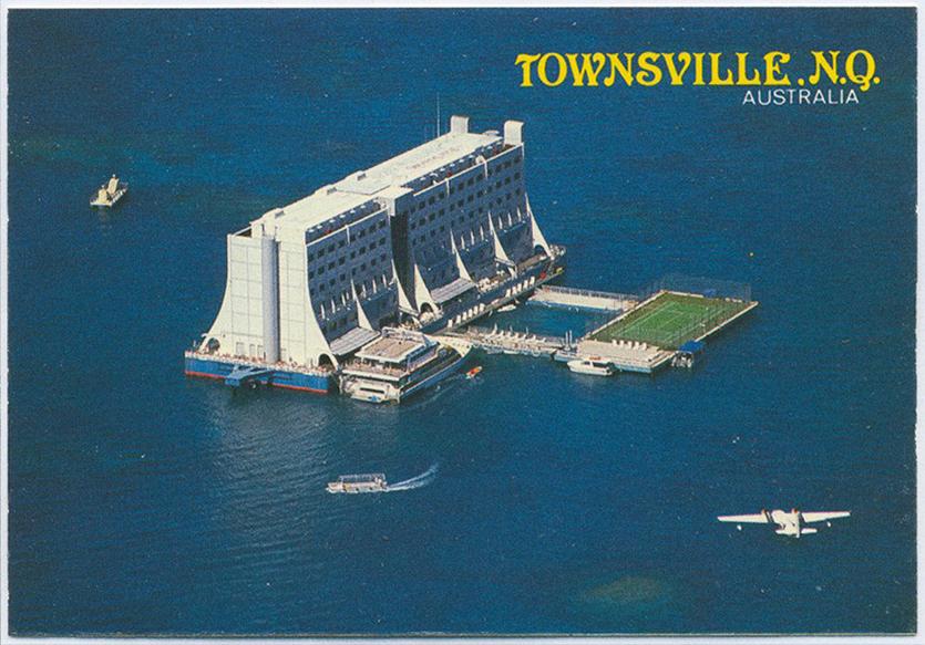 Как плавучий отель изАвстралии оказался вСевернойКорее. И почему КимЧен Ын хочет его уничтожить