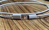 Новые фотографии защищённого кабеля Ligntning. Возможно, его положат в комплект с iPhone 12