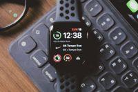 Как автоматически менять циферблаты Apple Watch в зависимости от времени и места