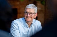 Тим Кук составил плейлист в Apple Music для презентации iPhone 12
