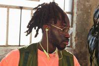 Beats выпустила беспроводные наушники Flex за 4990 рублей